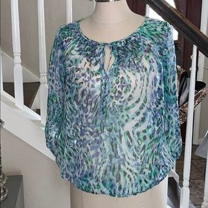 Women's New York and Company Top size medium